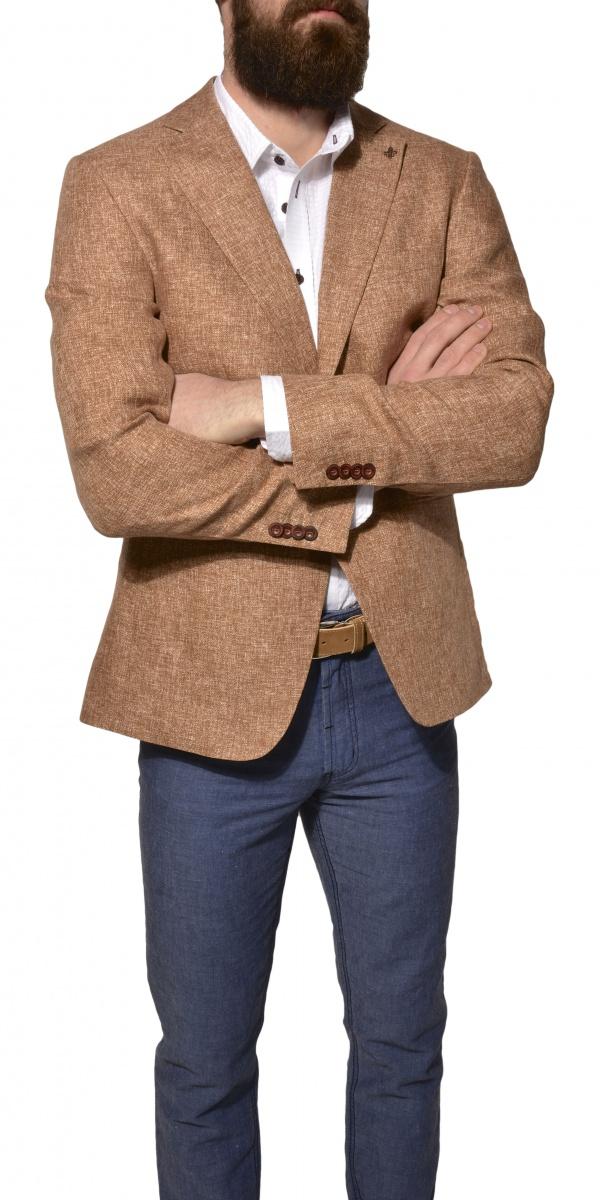 Light brown linen blazer