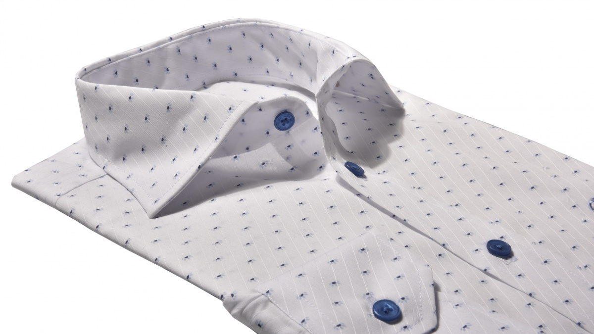 Biela Slim Fit košeľa s printom